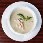 Tom Kha Suppe mit Poulet